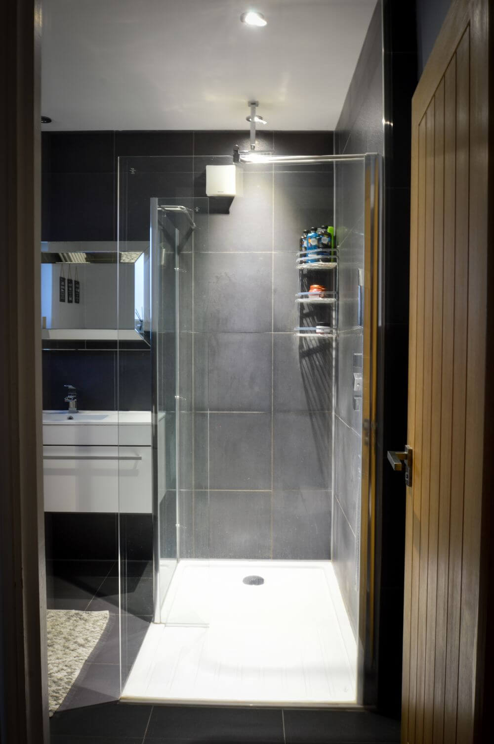 bathroom-lighting-and-electrics-installed-by-o'briens-electrical-ltd (5)