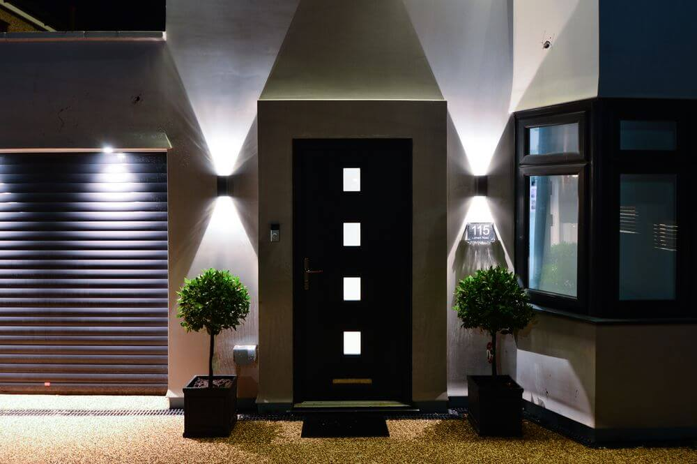driveway-and-front-of-house-lighting (2)