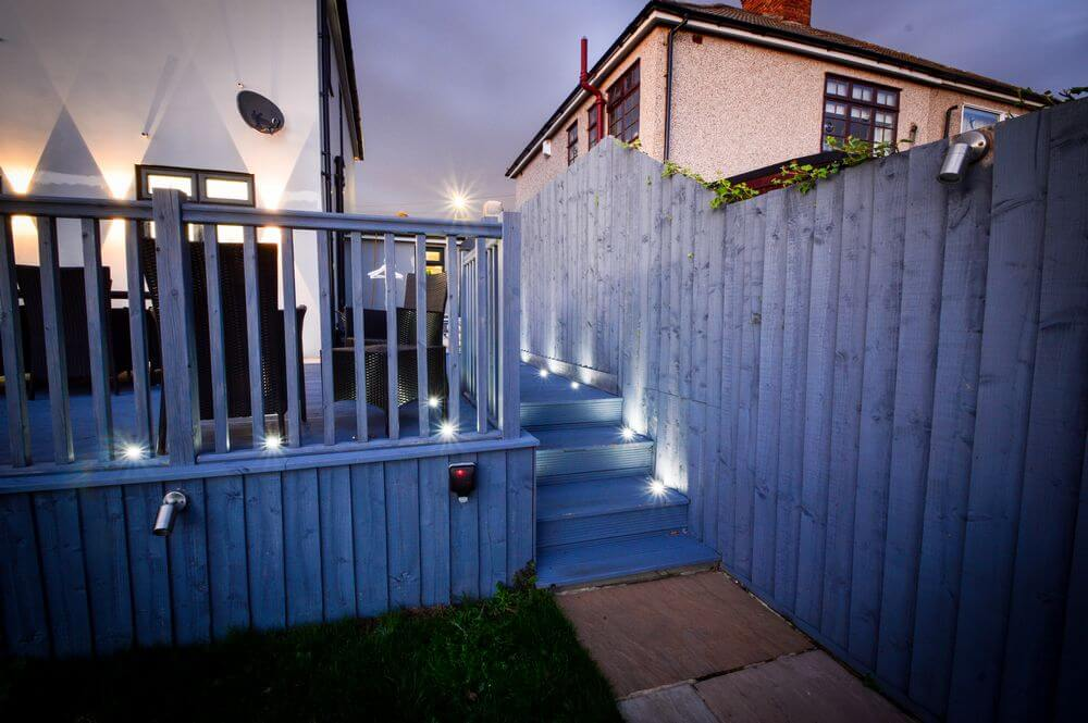 garden-lights-fitted-in-decking