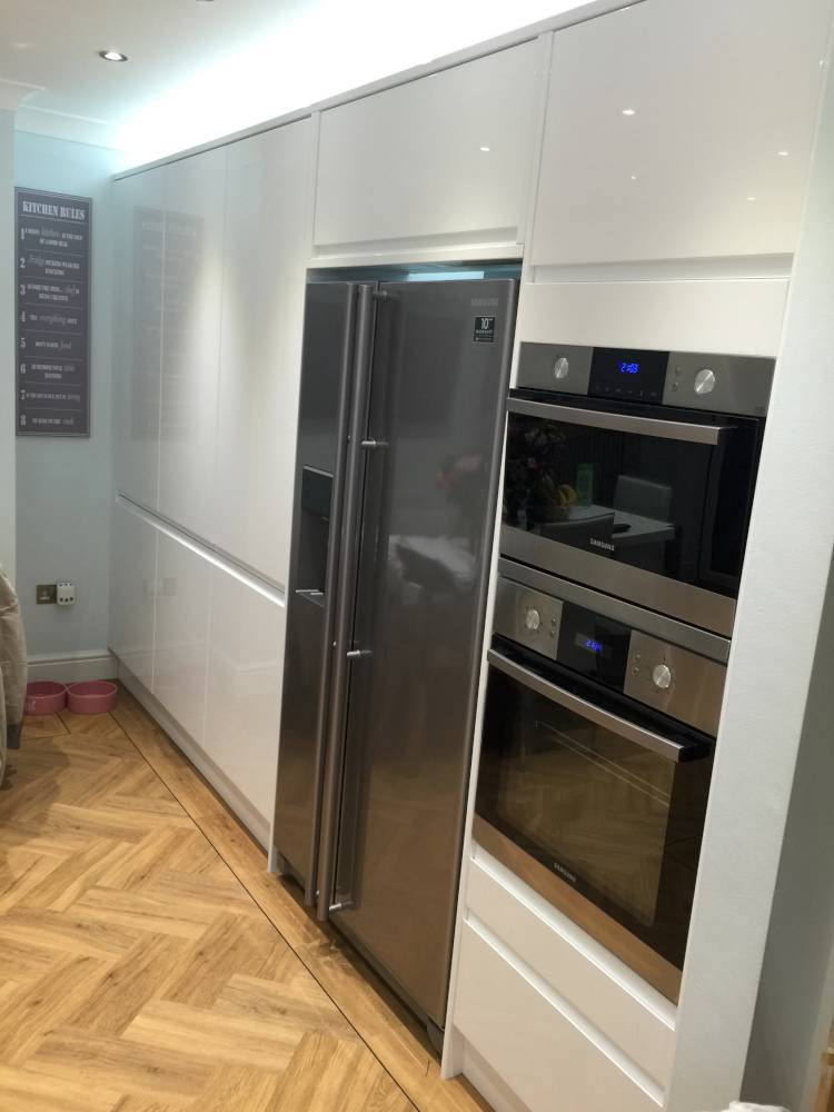 kitchen-appliances-fitted-by-o'briens (2)
