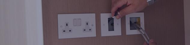 o'brien's-electrical-ltd-staff-at-work-(3)