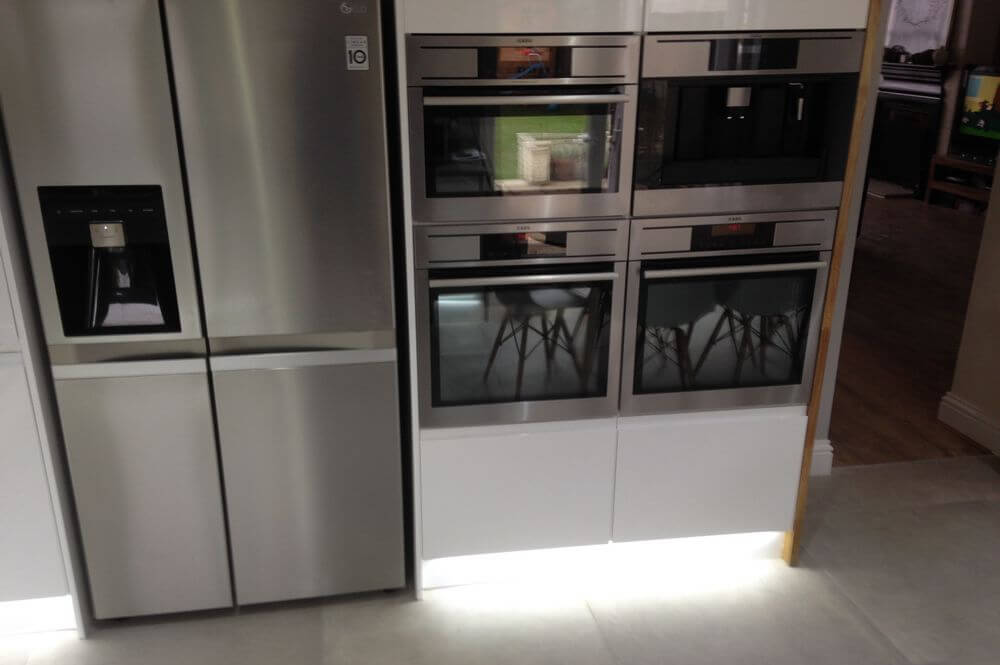 under-cabinet-lighting (4)