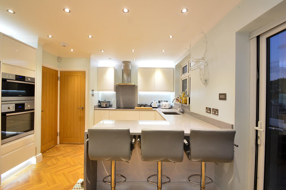 spot-lights-fitted-in-kitchen